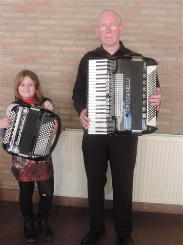 En zij speelden accordeon - Beringen