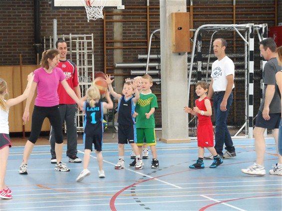 Familiedag basketbal K-Kontrol is succes - Lommel