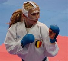 Lien Joris 5de op EK karate in Parijs - Overpelt