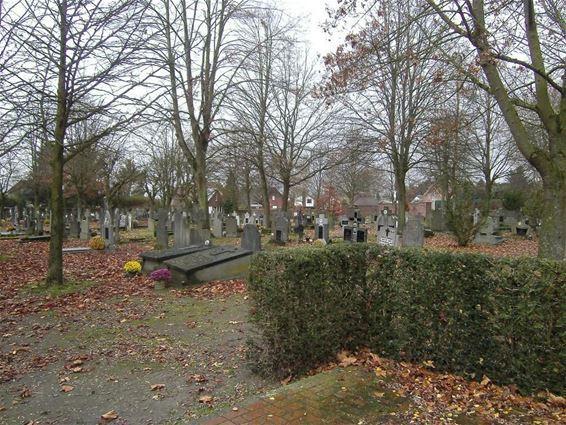 Stad start parkbeheer op oud kerkhof - Internetgazet
