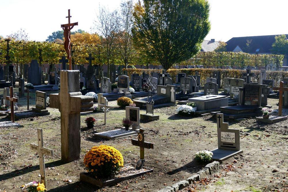 Het kerkhof van SHLille, 104 jaar oud - Internetgazet