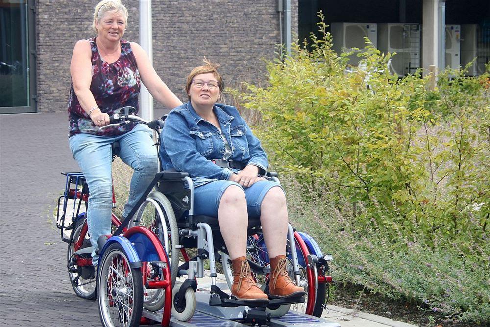 overpelt pelle melle leent rolstoelfiets uit internetgazet. Black Bedroom Furniture Sets. Home Design Ideas